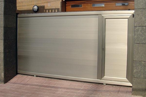 Puerta corredera de aluminio prat - Puerta corredera de aluminio ...