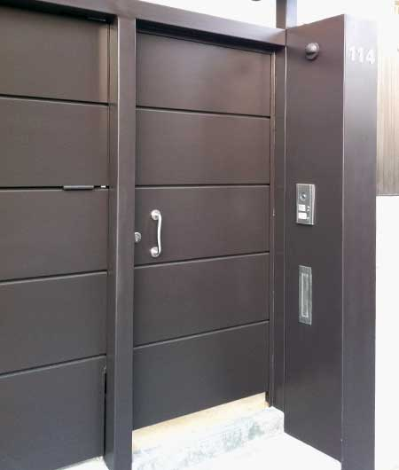 Puertas exterior metalicas elegant puertas de paso for Puertas metalicas exterior